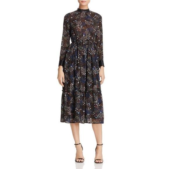 Molly Bracken Dresses & Skirts - NWOT Molly Bracken Floral Dress S/M